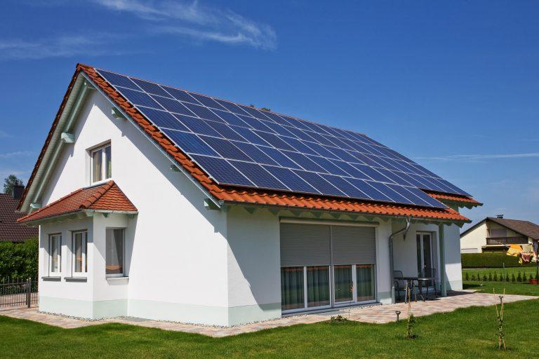 shutterstock 31933126 C Shutterstock OxfordSquare | Photovoltaik Österreich